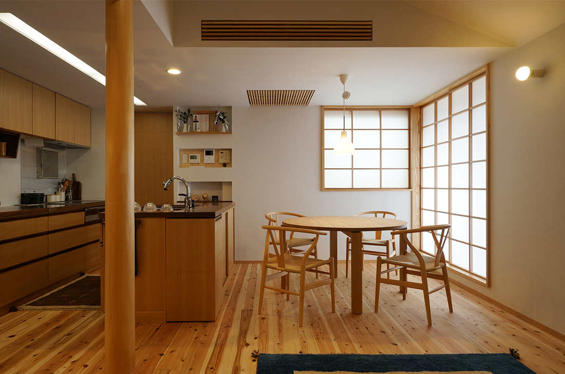 朝倉ショーホームのダイニングキッチン