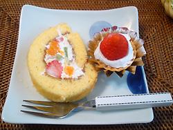 k-2012-5-14-3 小松-料理 ケーキ